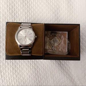 Michael Kors Unisex Watch Silver